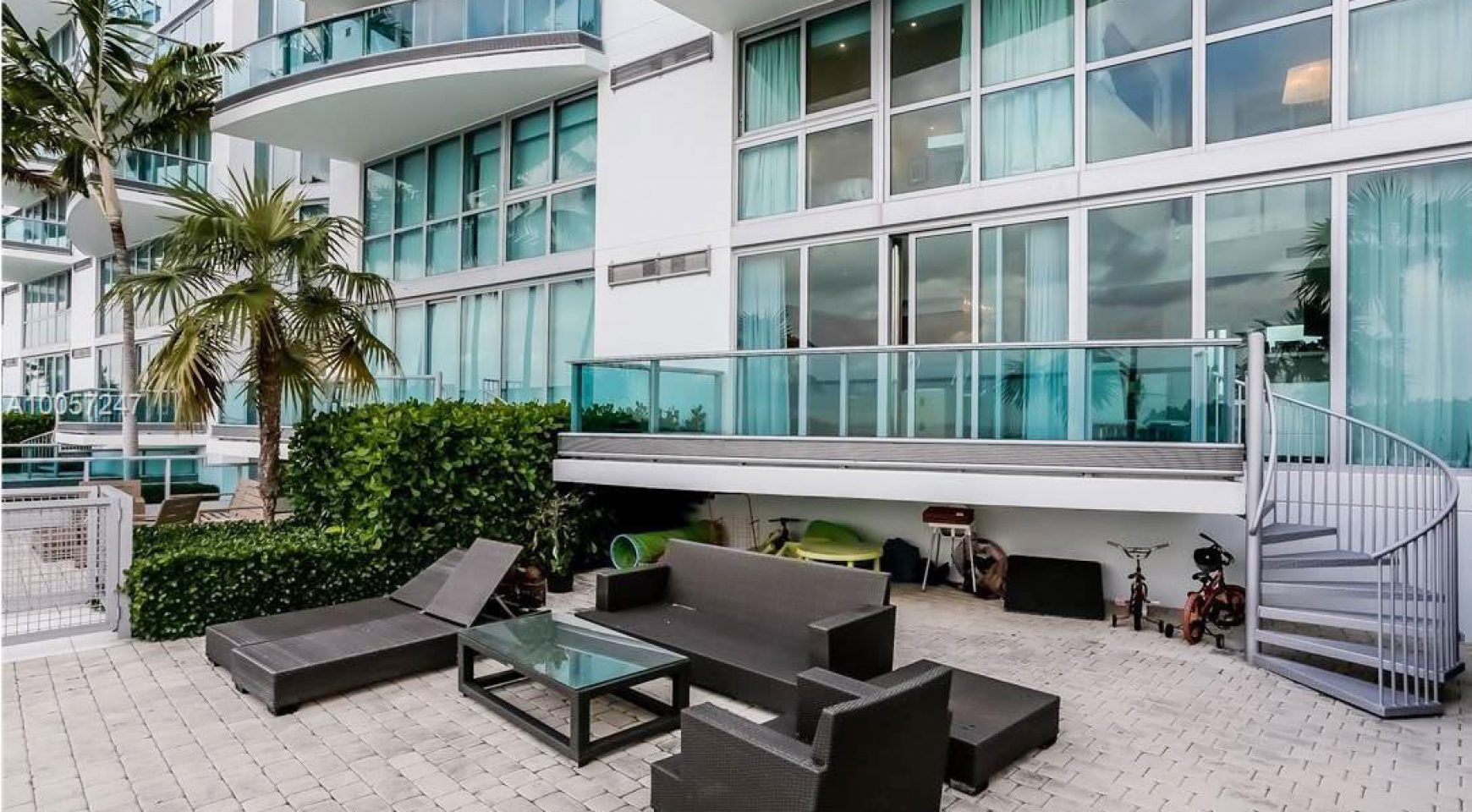Jade residences condo for sale at brickell golod group