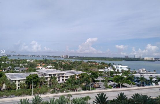 Harbour House Condo For Sale
